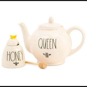 Rae Dunn Teapot and honey holder